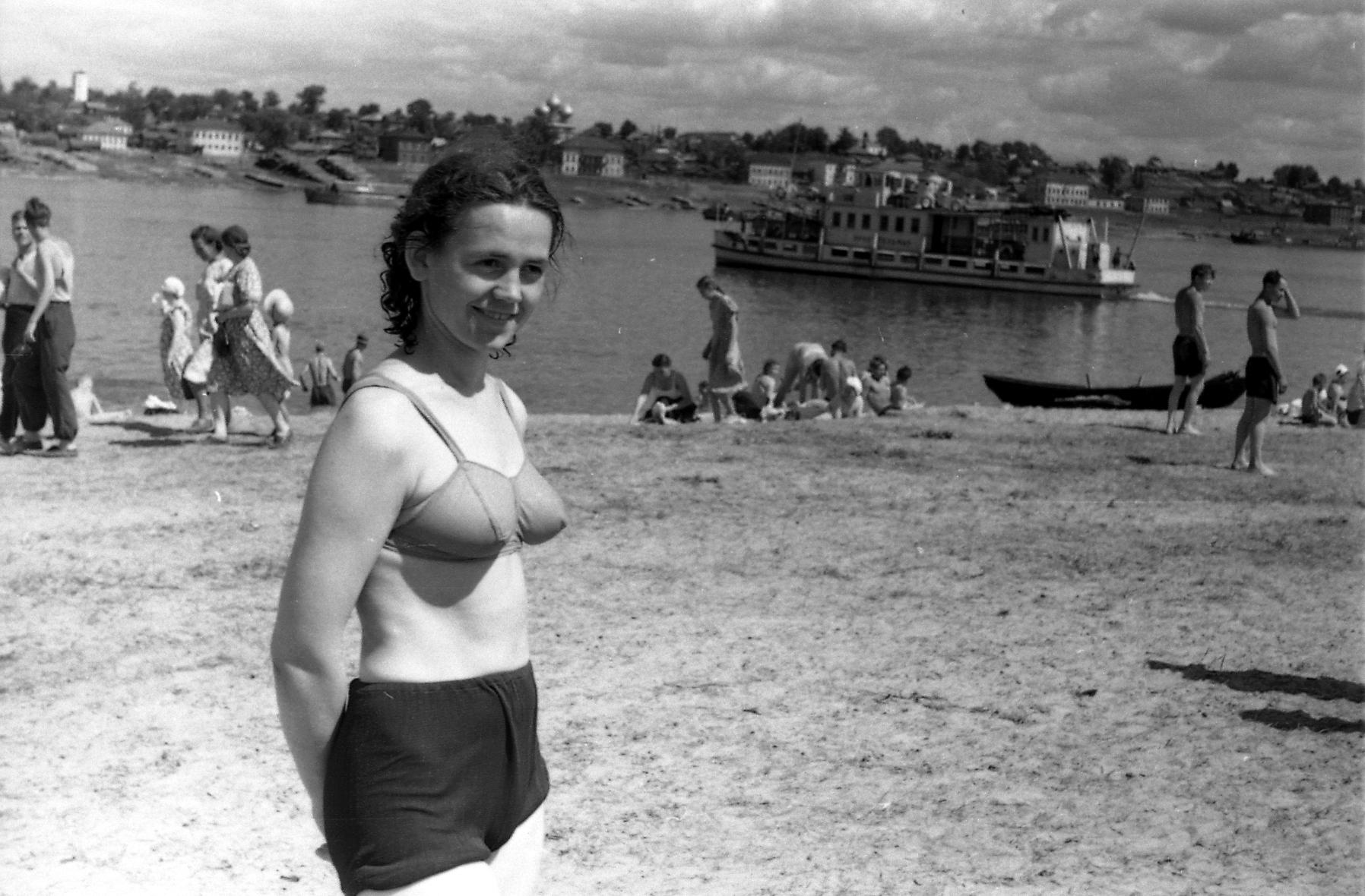 Советские женщины голые, Частная эротика голых женщин из ссср - секс порно фото 4 фотография