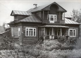 Дом Михаила Гагарина на улице Калинина (Овальной) города Чухлома