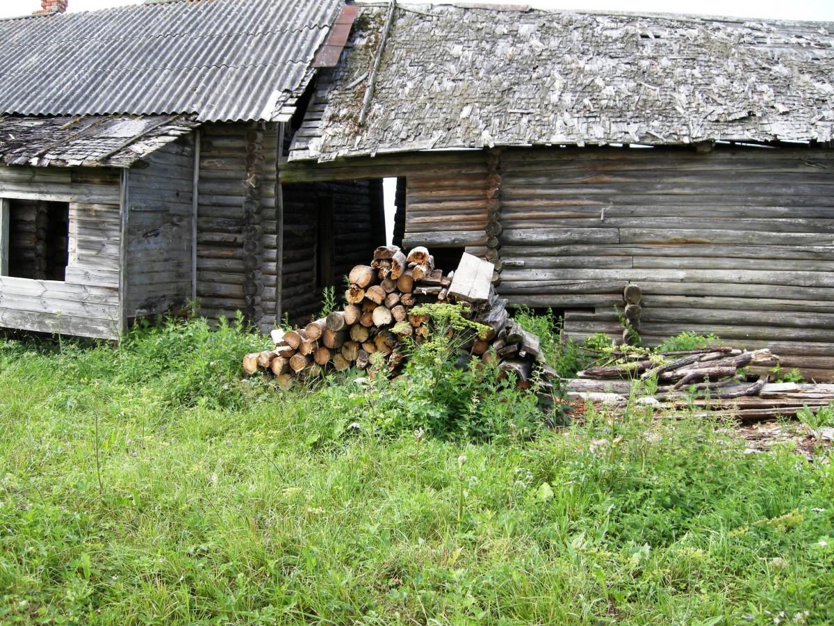 Родительский дом в д. Галузино одноклассника Толи Байкова. фото Е.Балашовой