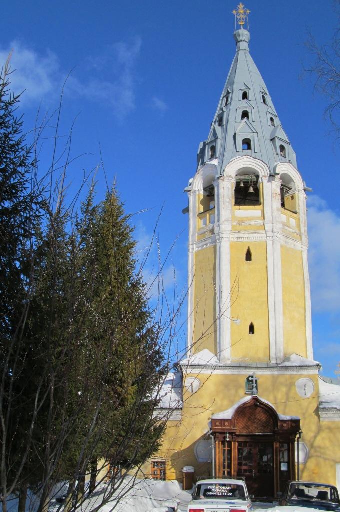 Церковь Успения Пресвятой Богородицы в городе Чухлома. 2011 год.