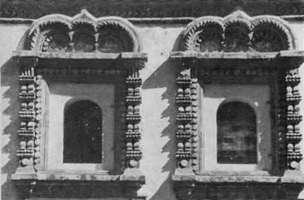 24. Архиерейский корпус Ипатьевского монастыря. Окна. XVII в. (реставрация)