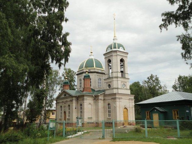 Свято-Серафимовский храм в Малышкове