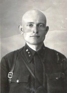 Военный фельдшер Леонид Горланов. 15 февраля 1941 года. Снимок из семейного архива.