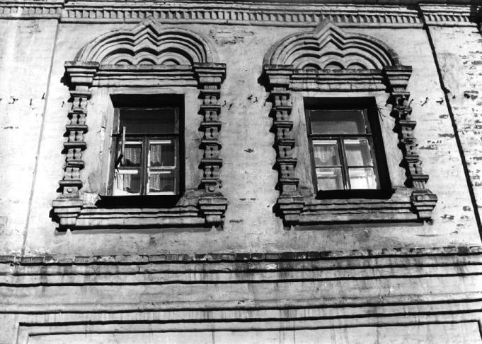 """""""Трапезный"""" корпус. Окна келий XVII века"""