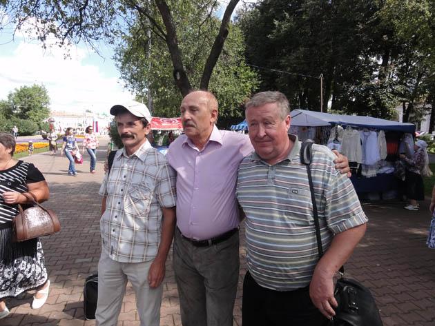 Н. Демидов, Ю. Дубровин, П. Разуваев