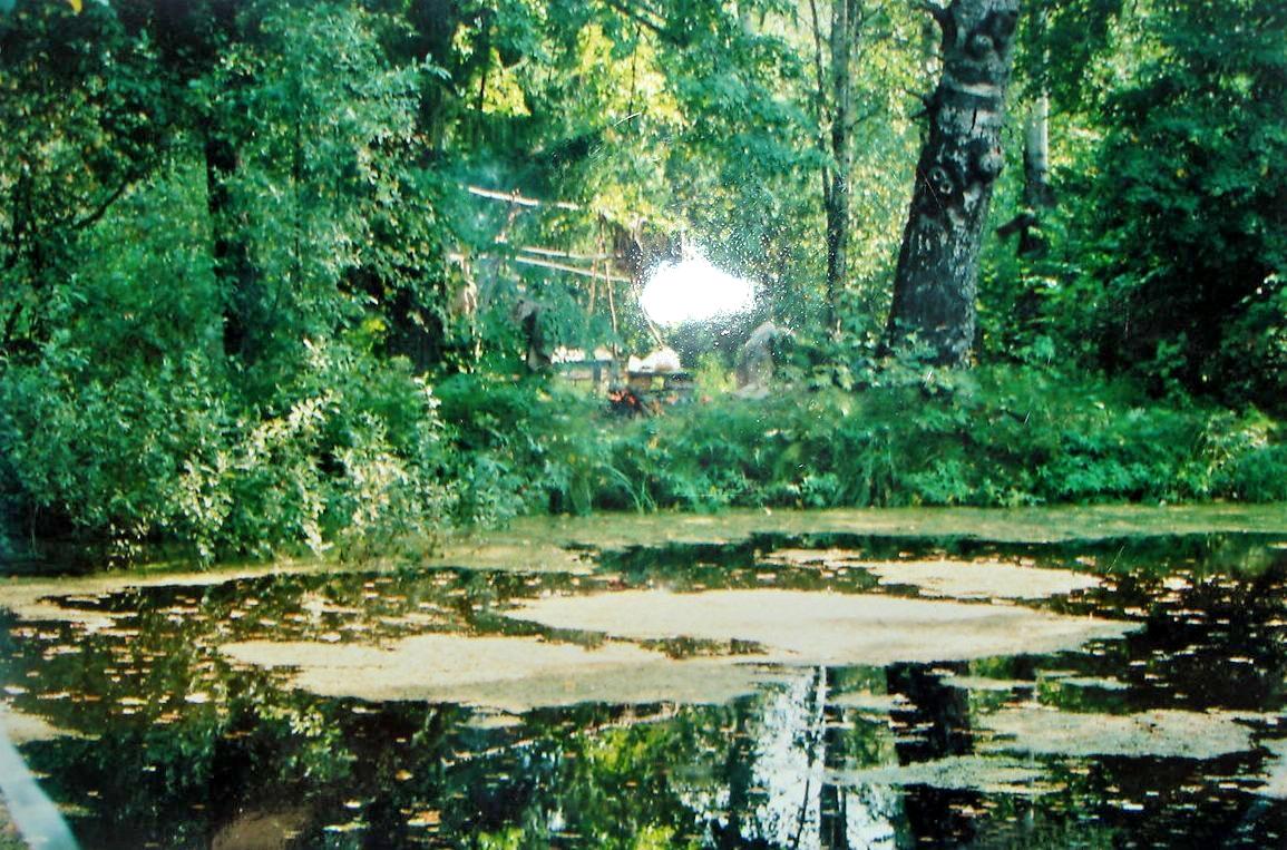 Троицкий храм села Рамешки. Иордань у храма. фото 2005 года, предоставлено Лидией Родионовой.