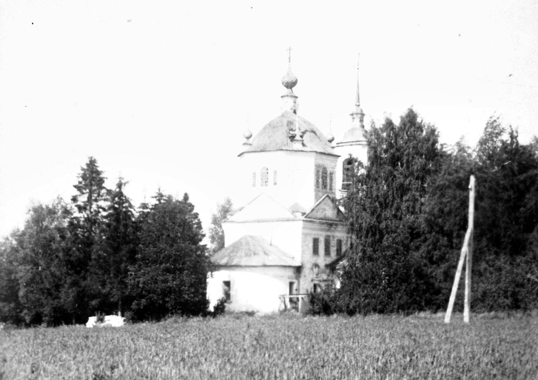 Богородский храм села Озорниково.