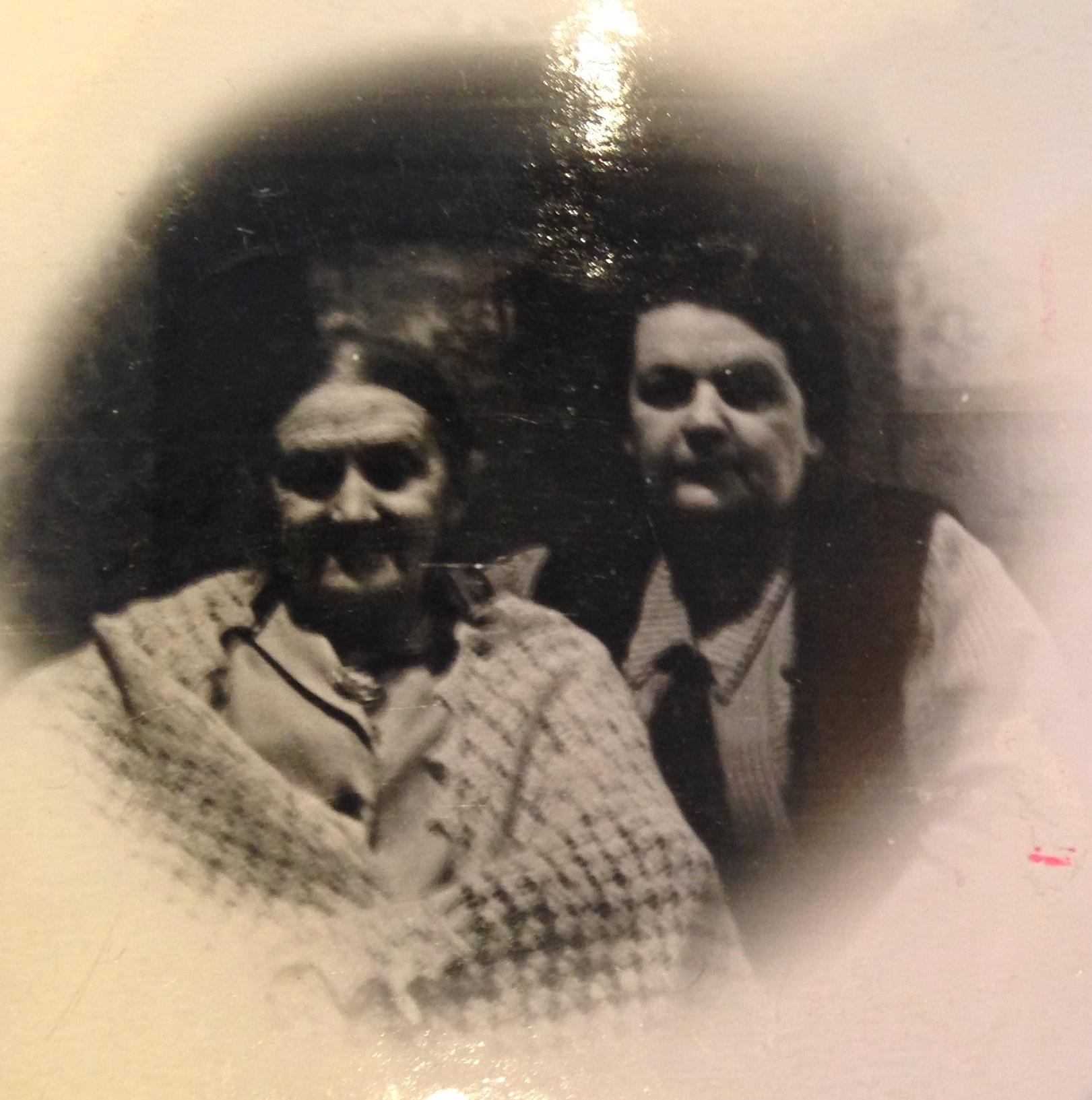 Две сестры Агеевы- Вера и Елена. Фото из семейного архива правнучки Е.Ю.Черкасовой.