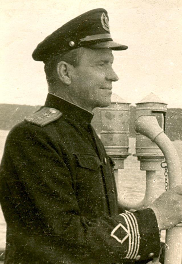 капитан В. А. Поляков