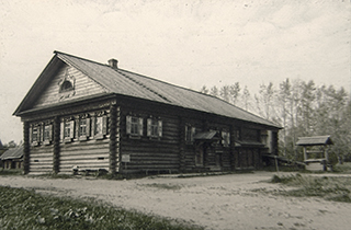 Русская изба Серова из деревни Мыт