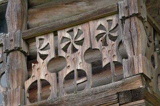 Декоративное оформление балкона, типичное для пряжинских карел